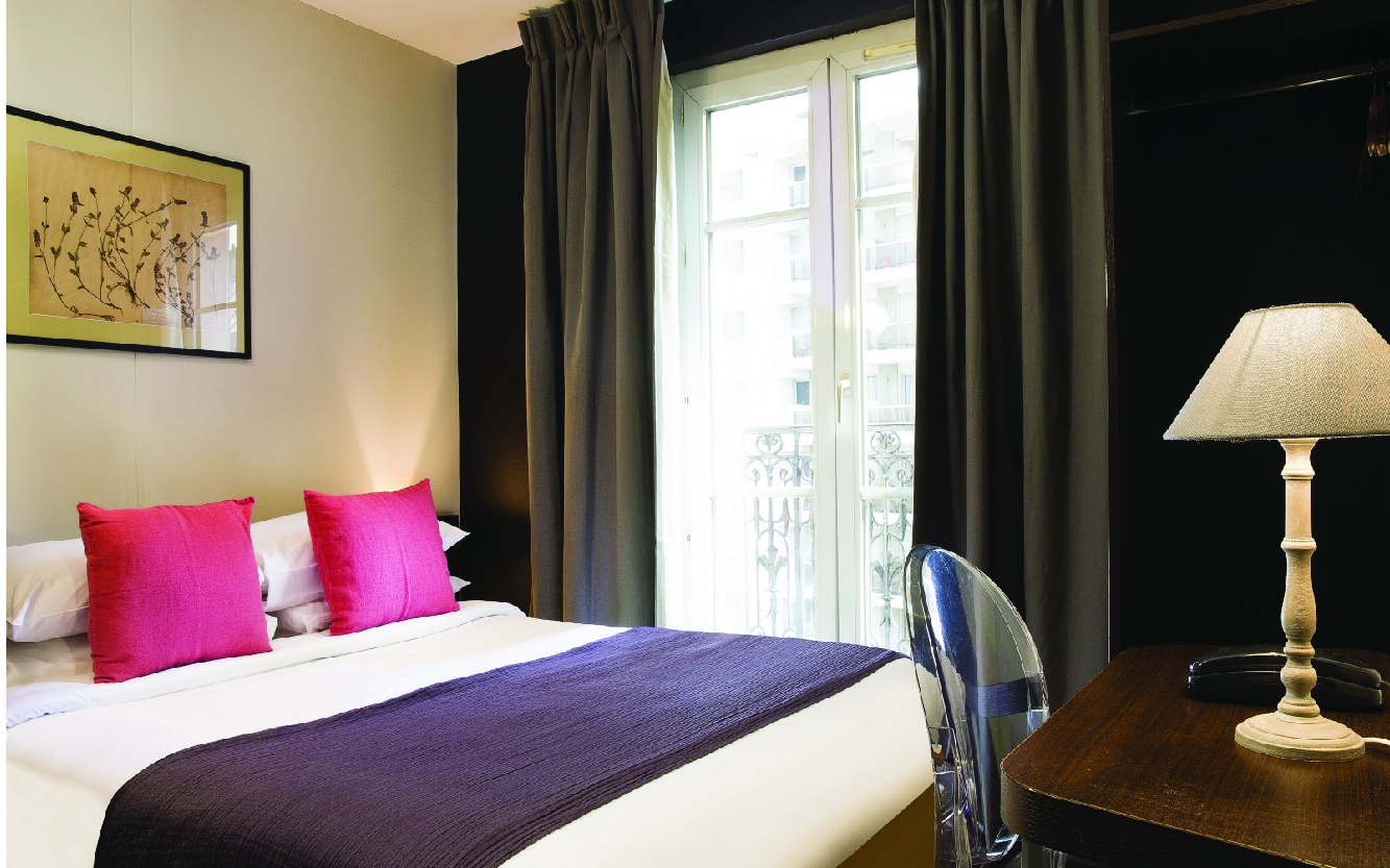 Can You Use Debit Card To Rent Hotel Room