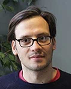 Dr. Denis Garoli