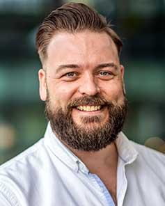 Dr. Roy van Der Meel