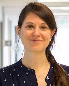 Dr. Eva Hemmer