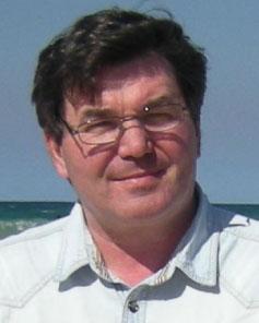 Dr. Andrey B. Evlyukhin