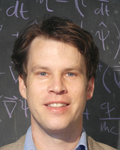 Dr. Tobias Grass