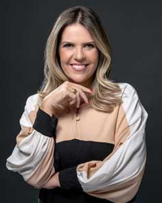 Prof. Ana Flavia Nogueira