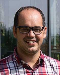 Dr. Eduard Porta