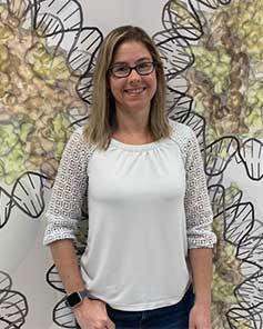 Dr. Elizabeth TRAN