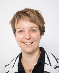 Dr. Katrin PAESCHKE